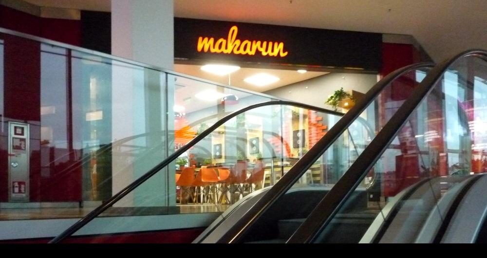MAKARUN MUNDSBURG-CENTER HAMBURG | INNENAUSBAU Shop Fassade: Projektsteuerung und Baugenehmigung