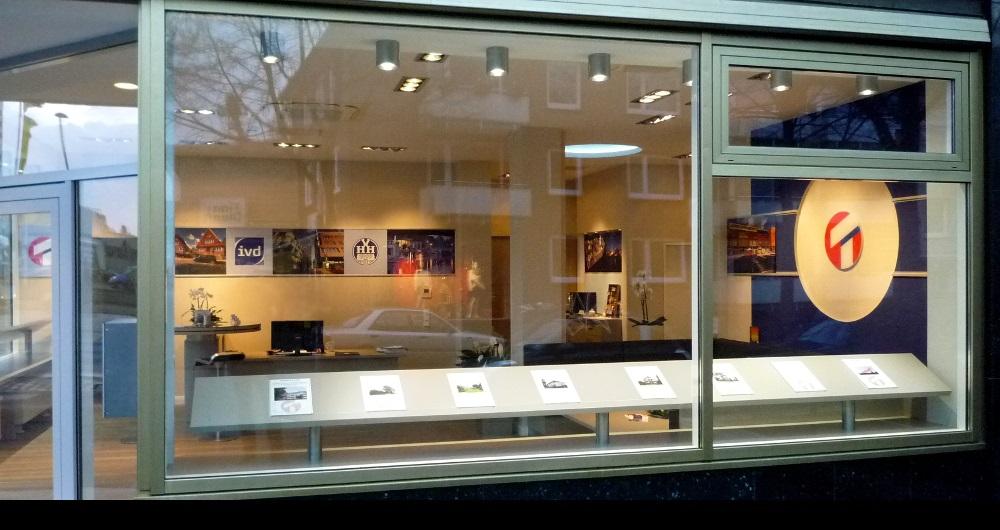ERNA TIEDGEN AG HAMBURG I LADEN-INNENAUSBAU Fassade Börnestraße: Entwurf, Werkplanung, Ausschreibung, Vergabe und Bauleitung