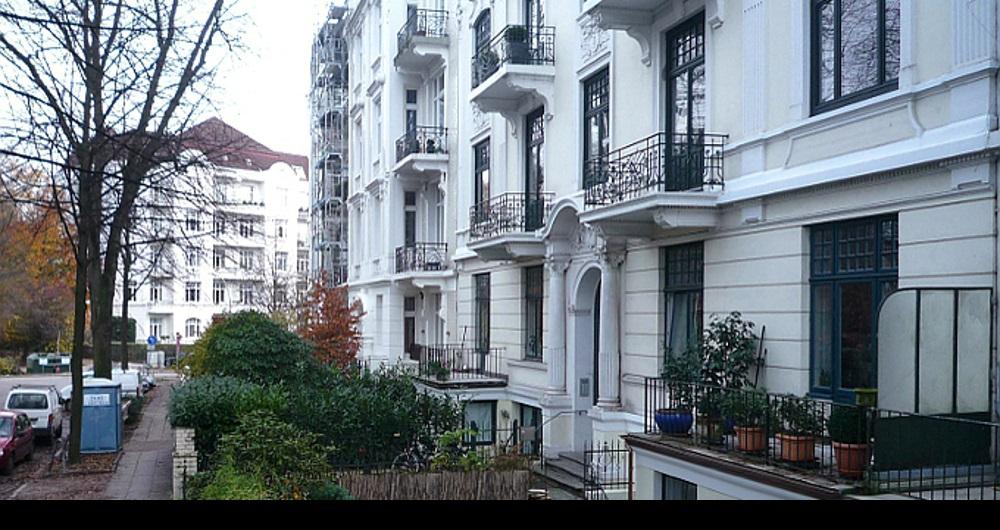 CURSCHMANNSTR. HAMBURG | UMBAU ALTBAUWOHNUNG | (kein Innenraumfoto wegen Schutz der Privatsphäre) Bauliche Maßnahmen vor Familienzuwachs: Entwurf, Werkplanung, Vergabe und Bauleitung